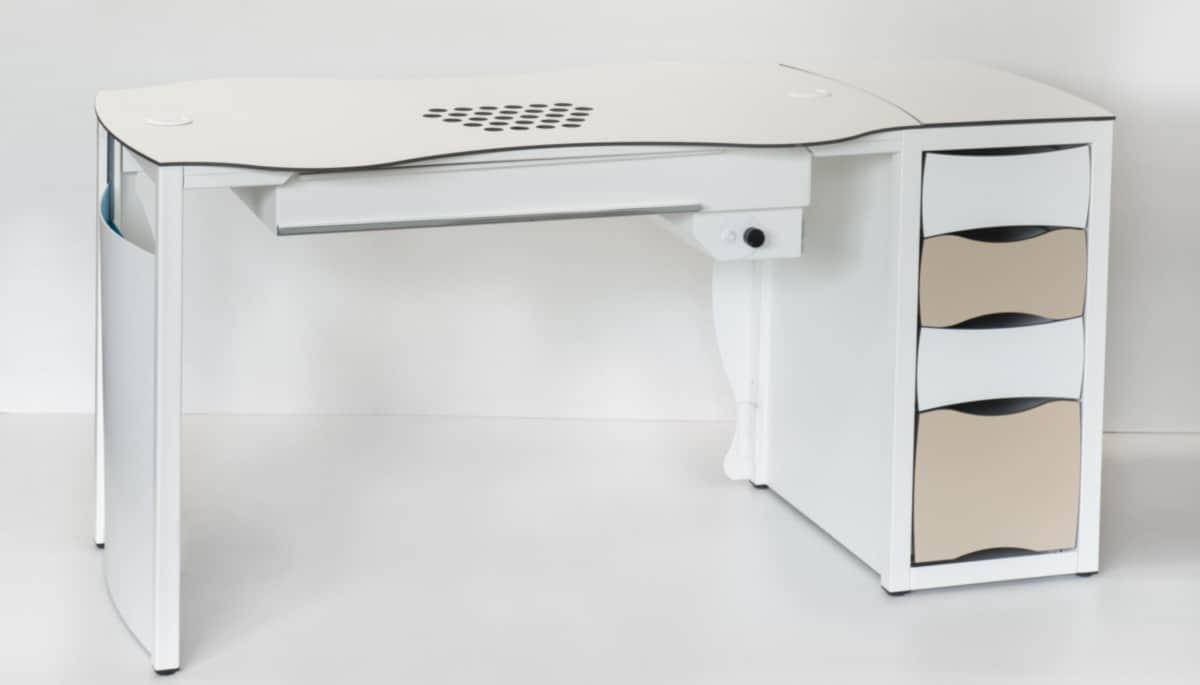 Table d'ongleries KelTisch Bloc de tiroirs carrés Vue arrière avec aspiration pour studios de manucure